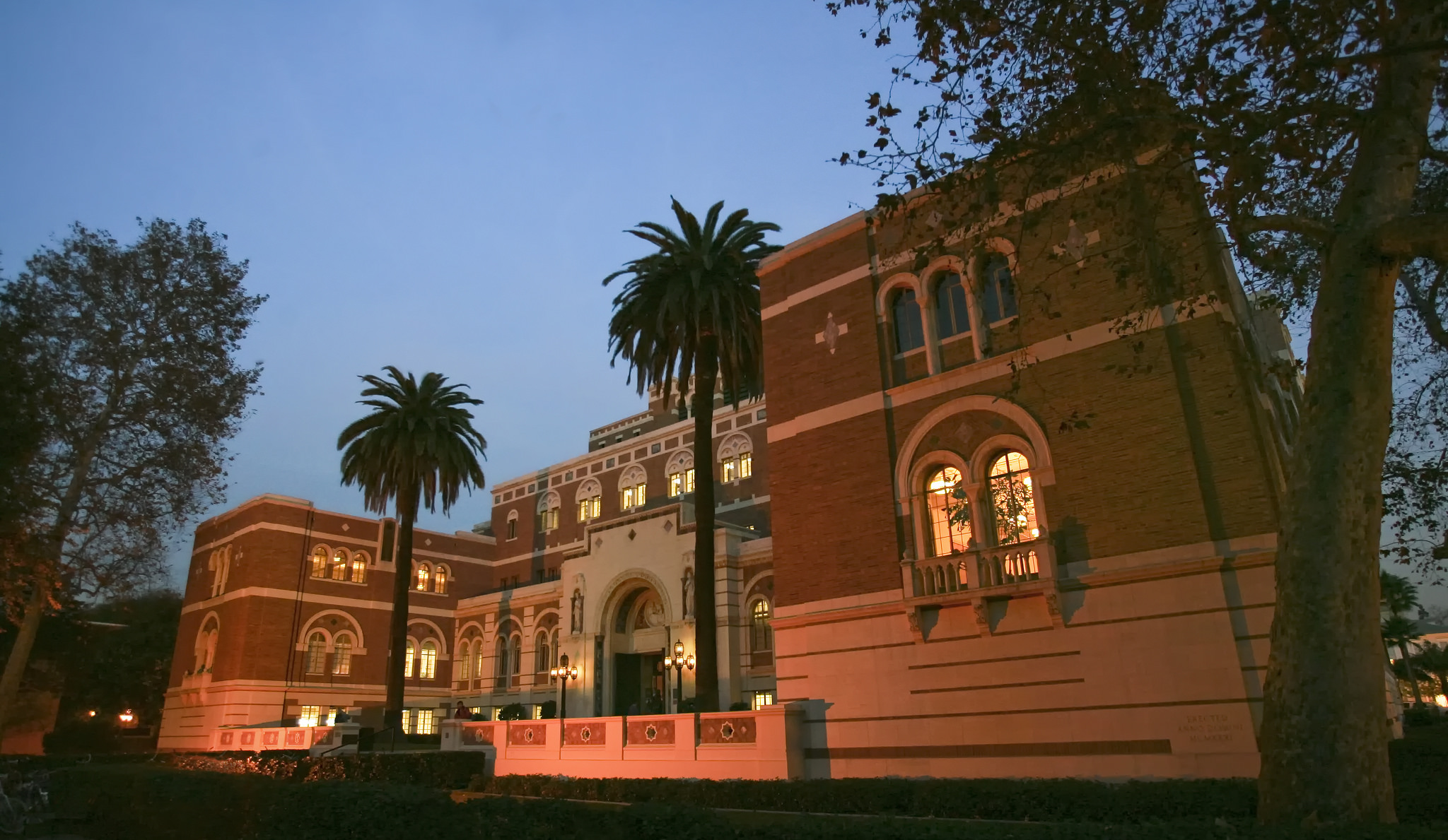 Sign up to attend presidential search listening session | USC ...